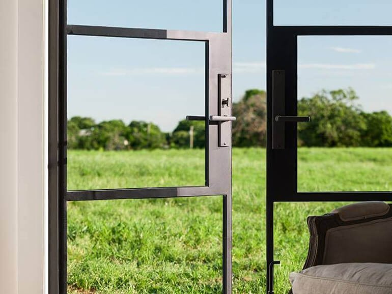 thermally broken steel windows and doors